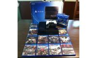 Sony PlayStation 4 (PS4) 500 GB Jet Black Console + 3 Controller with 11 Games